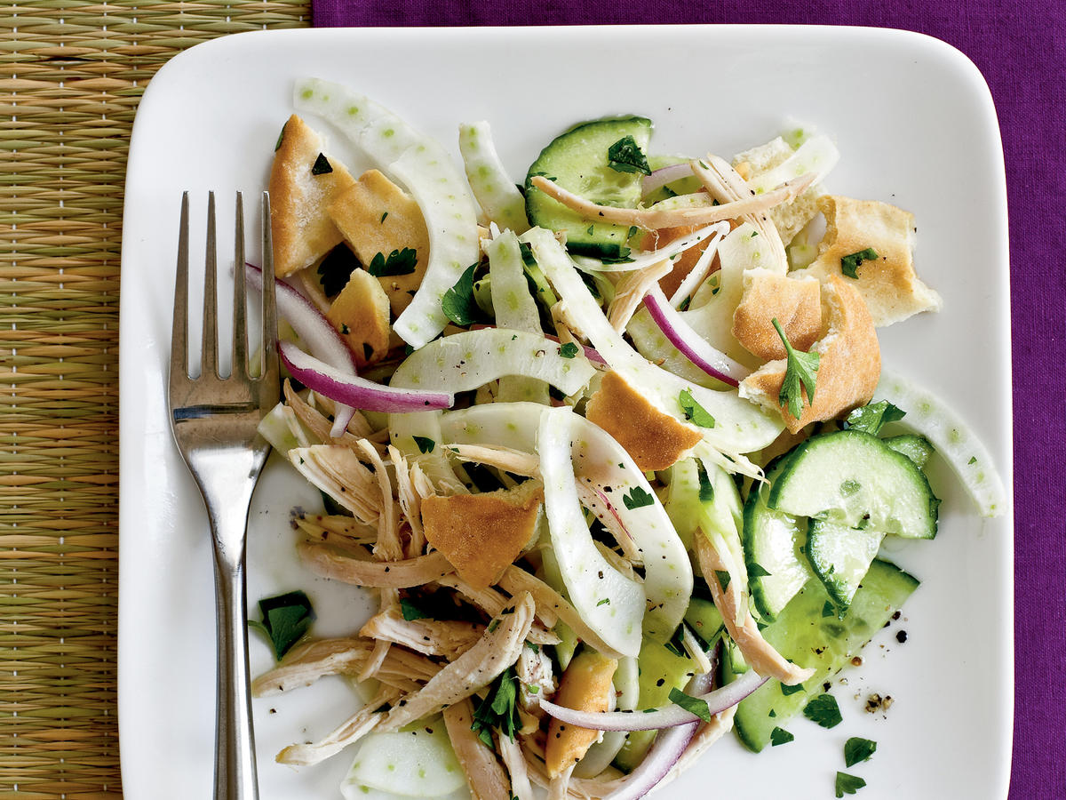 1004 - Pita Salad with Cucumber, Fennel, and Chicken