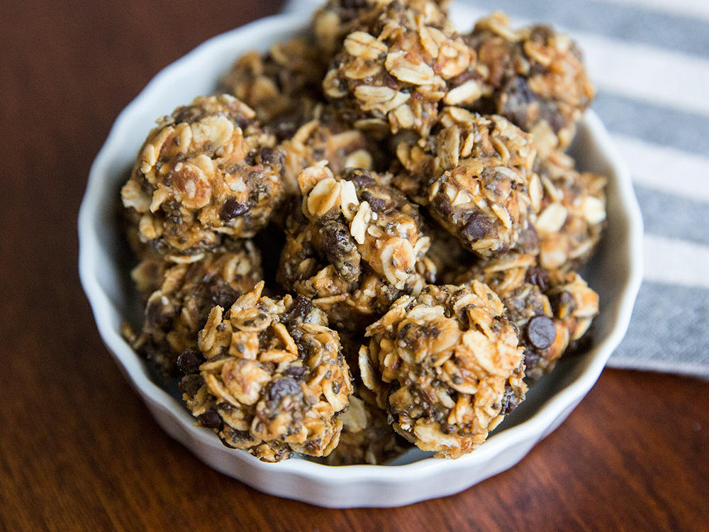 Chocolate-Peanut Butter Energy Balls