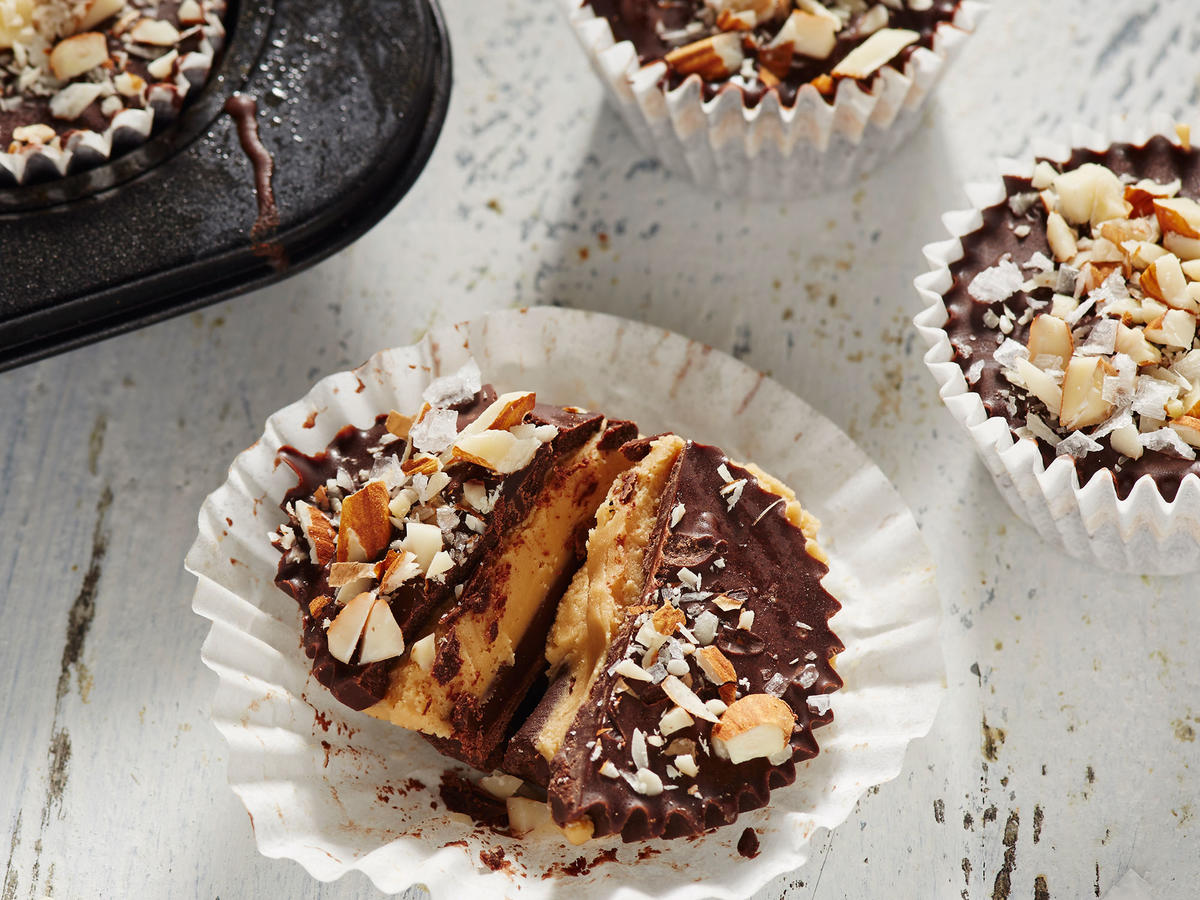 Chocolate-Almond Butter Cups