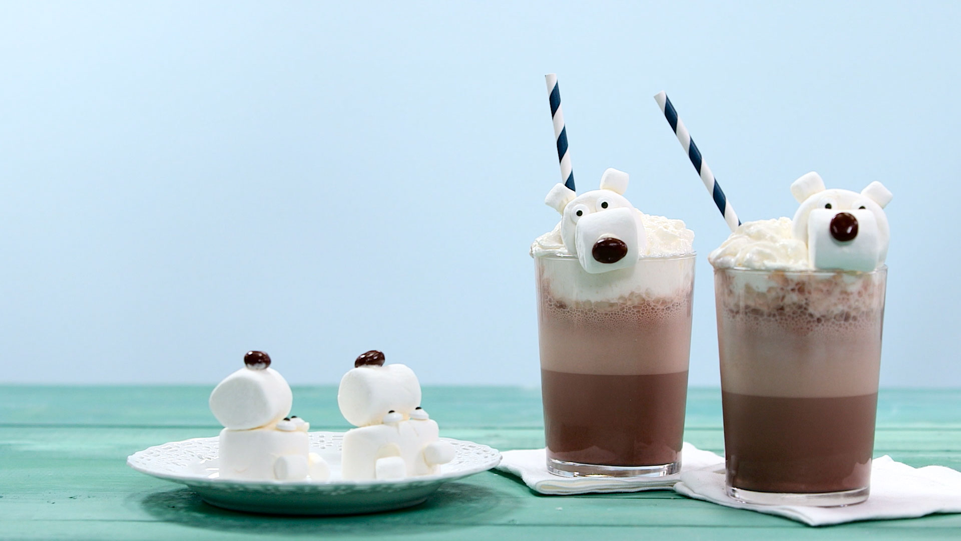Polar Bear Frozen Hot Chocolate Still Image