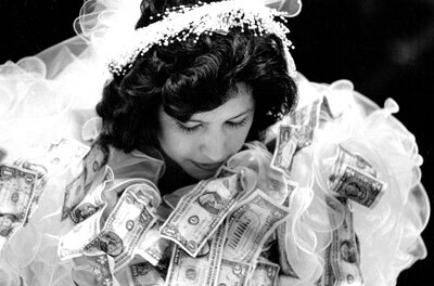Money Dance Wedding.Is The Dollar Dance Tacky Southern Living