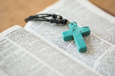 Easter Bible Verses To Celebrate Resurrection Day - Southern