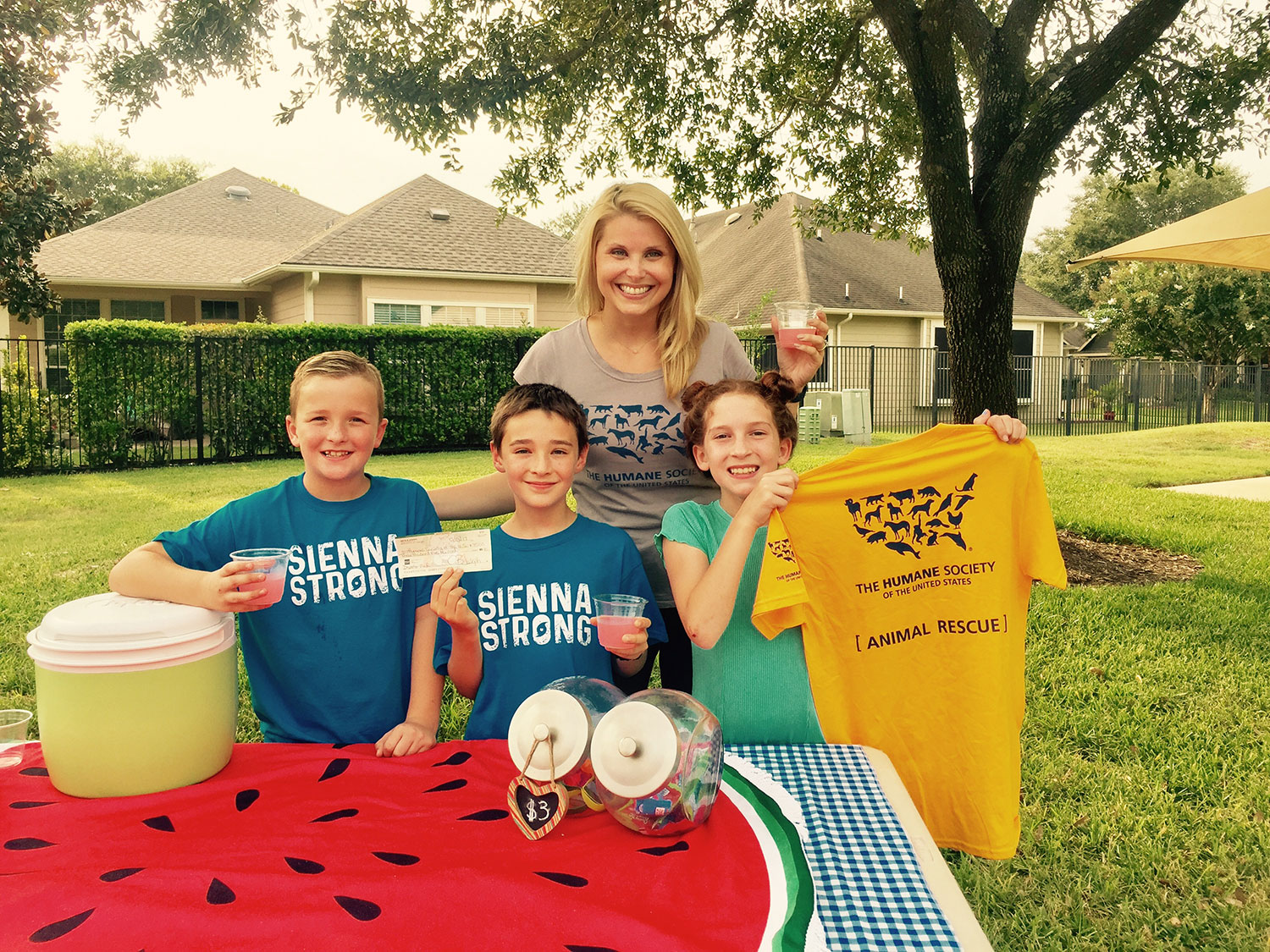 10-Year-Old Devotes Free Time to Raising Thousands for Animal Rescues Through Lemonade Stands