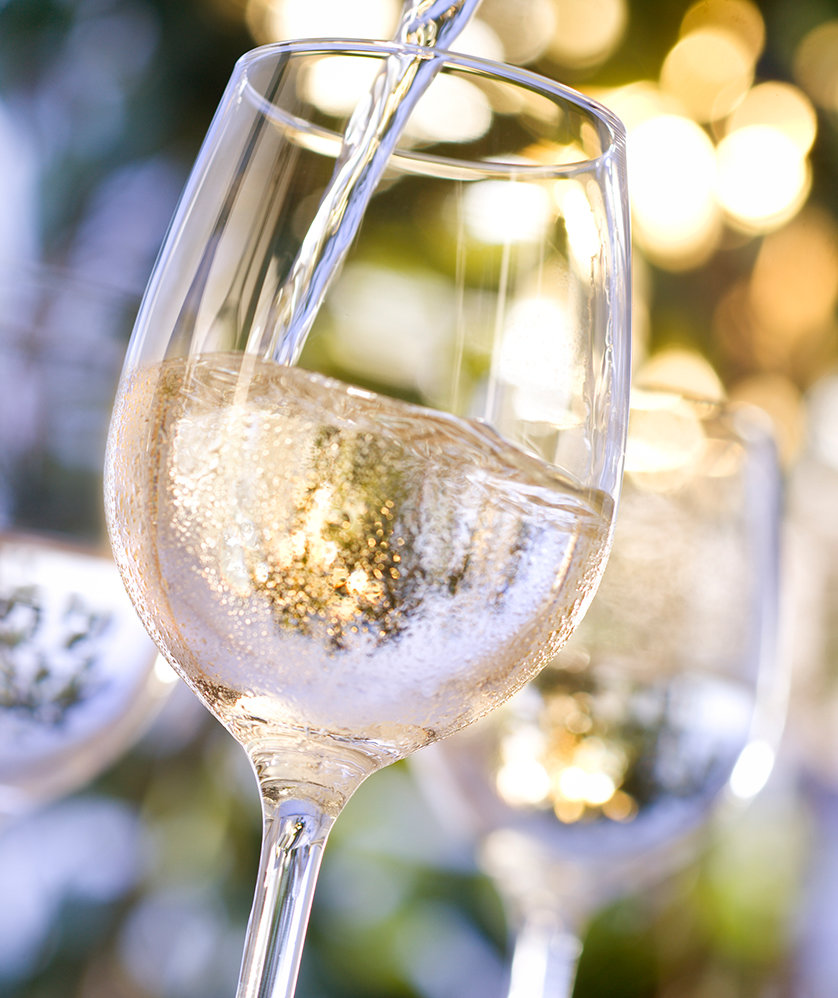 Turns Out You've Been Drinking White Wine the Wrong Way This Whole Time
