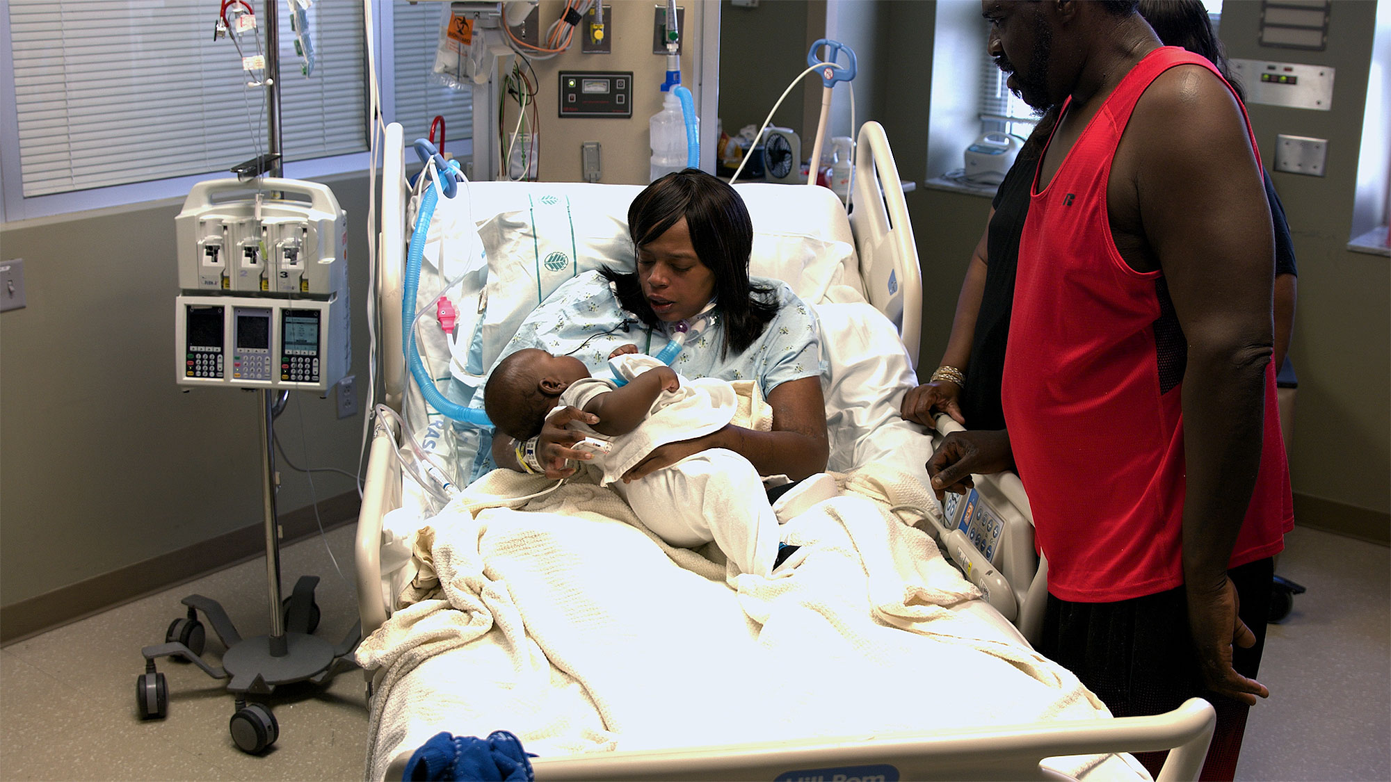 North Carolina Woman Delivers Baby and Undergoes Open-Heart Surgery at the Same Time: 'I Thought I Was Dying'