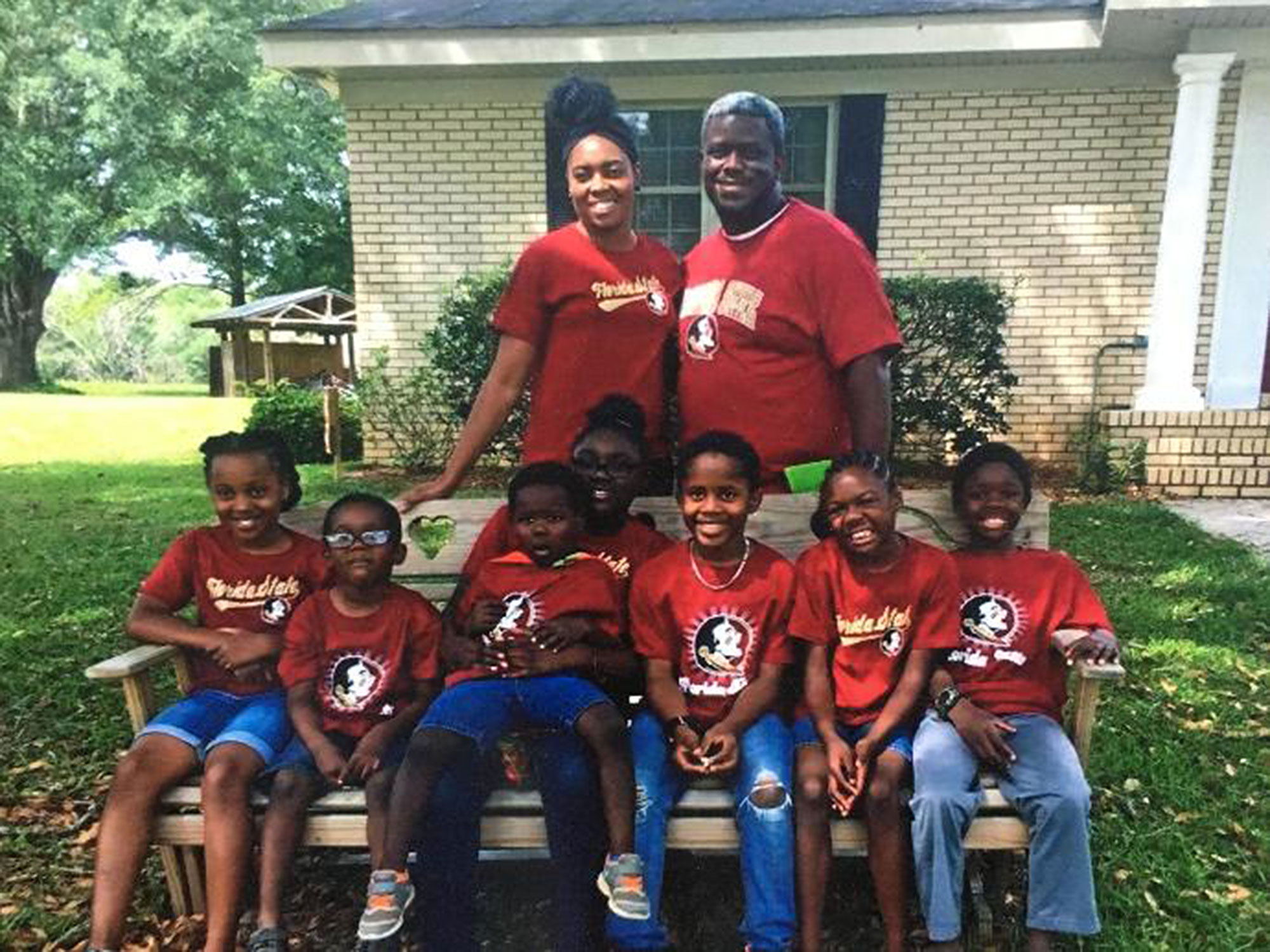 Florida Couple Adopts Seven Siblings Separated by Foster Homes