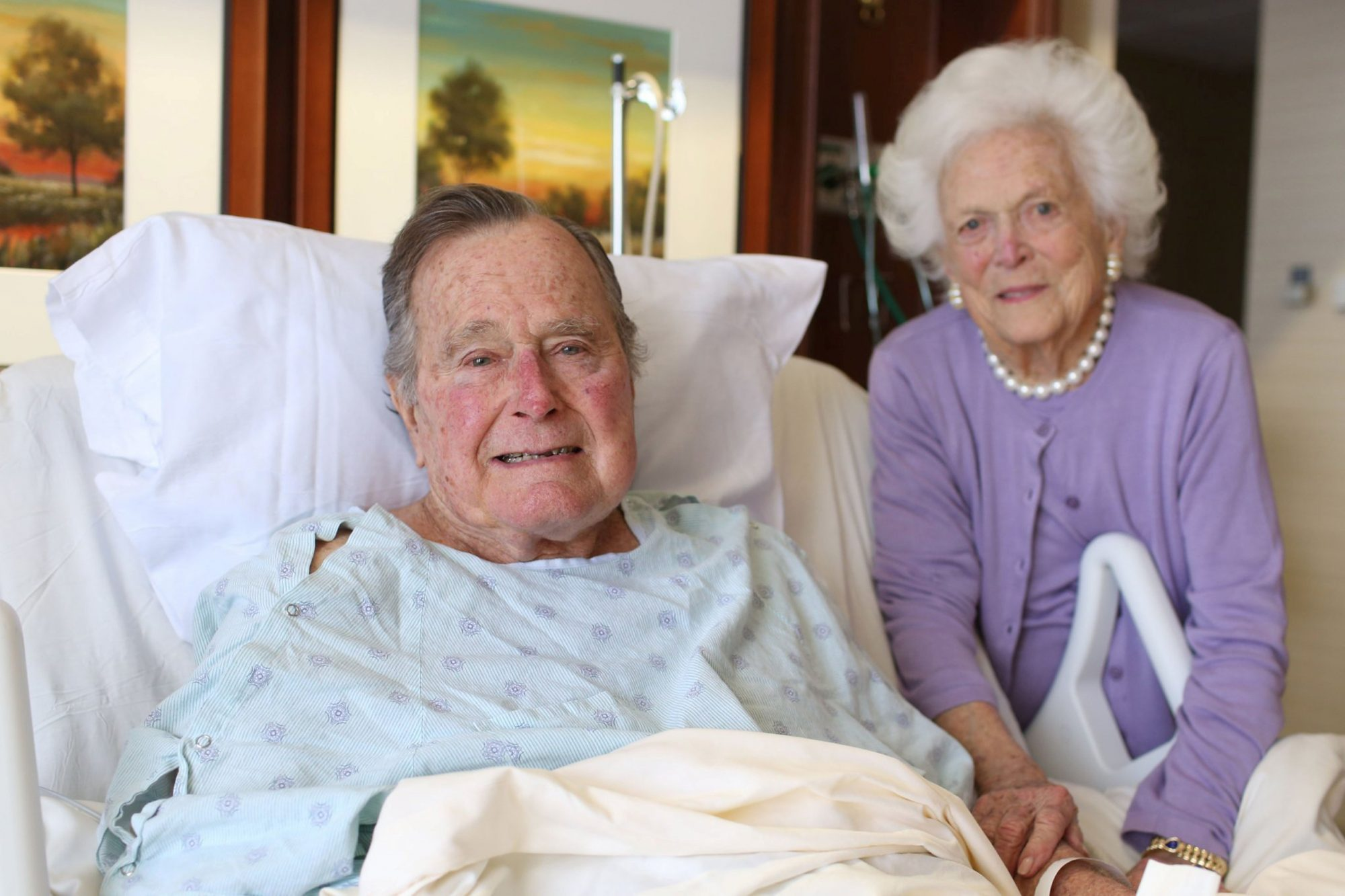 Former President George H.W. Bush and his wife Barbara Bush are pictured in Houston Methodist Hospital in Houston, Texas, U.S. in this January 23, 2017 handout photo. Jim McGrath via Twitter/Handout via REUTERS ATTENTION EDITORS - THIS IMAGE WAS...
