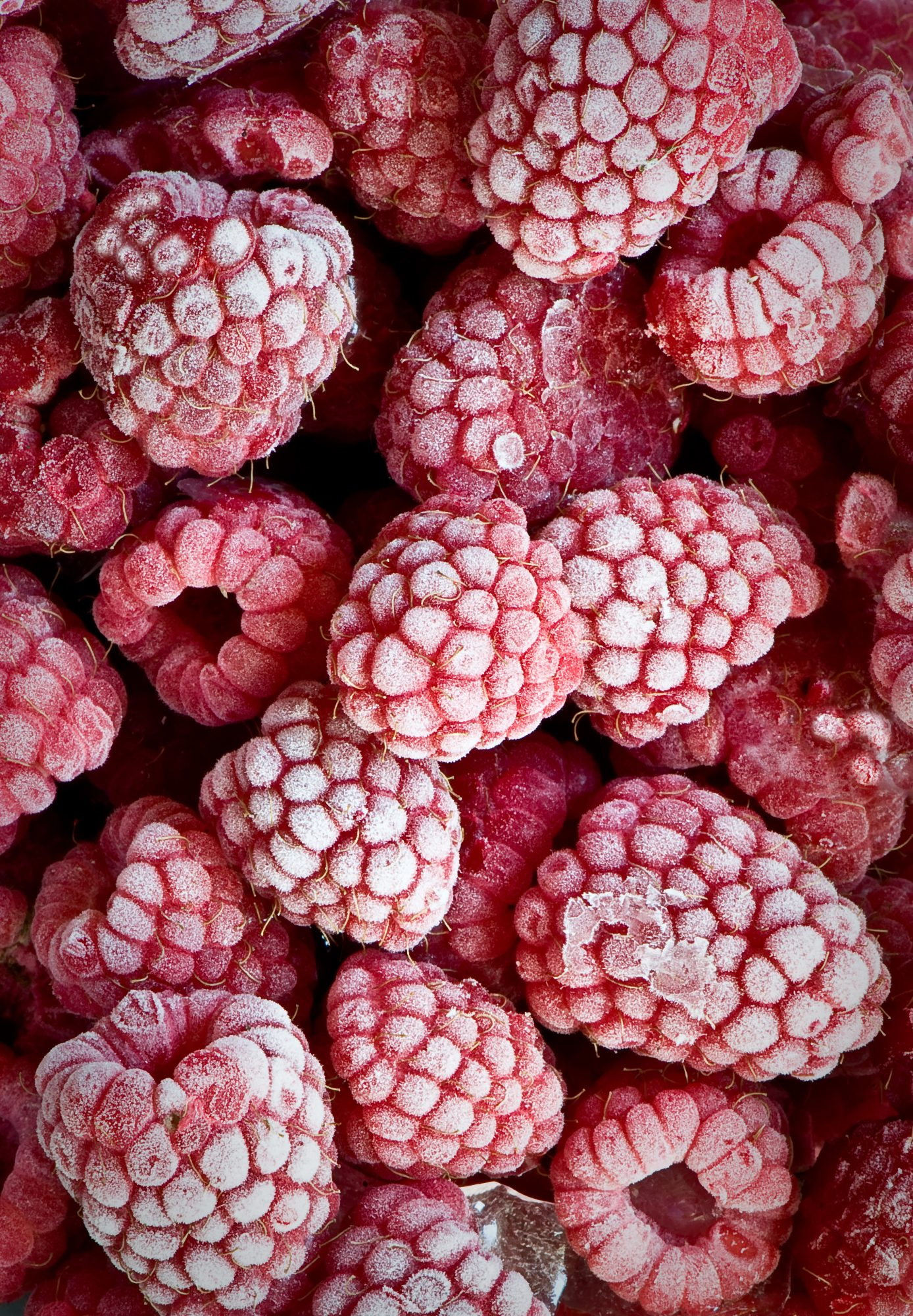 frozen-raspberries-fruit