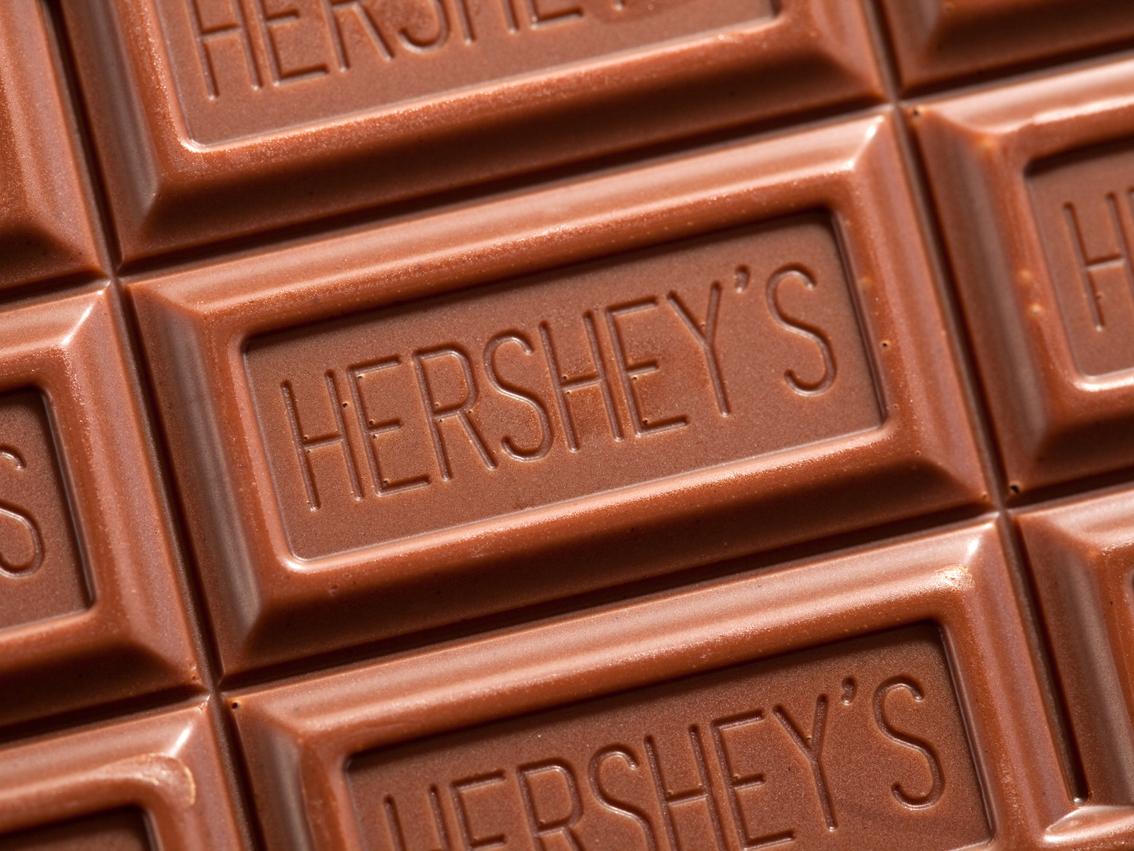 These Centenarians Say Hershey's Chocolate Is One Key to Their 79-Year Marriage