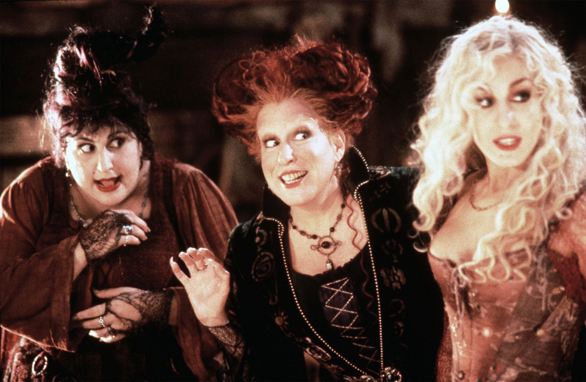 I Smell ... a Sequel! Hocus Pocus Follow-Up in the Works for Disney+ hocus-pocus1