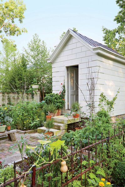 When To Plant Vegetables Down South By Month Southern Living
