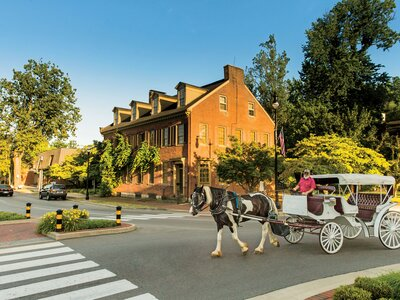 5 Charming Small Towns Near Louisville, Kentucky that You