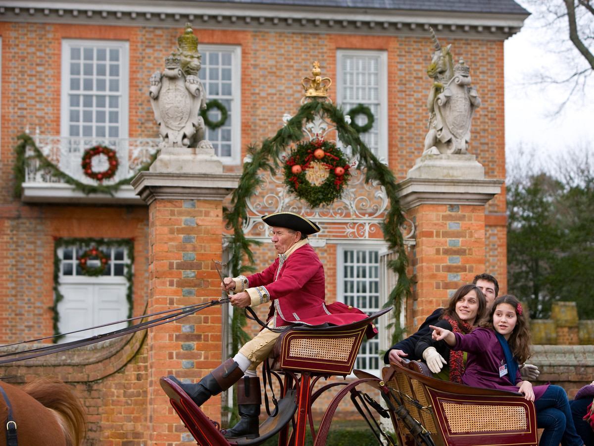 Southern Christmas Happenings An Otherworldly Holiday