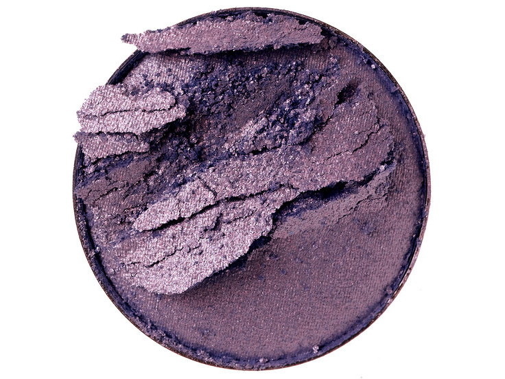 Broken Eye Shadow