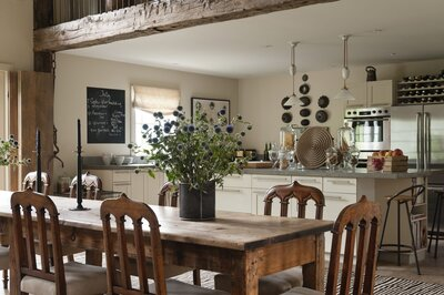 3 Things You Need To Know Before Ing A Farmhouse Table