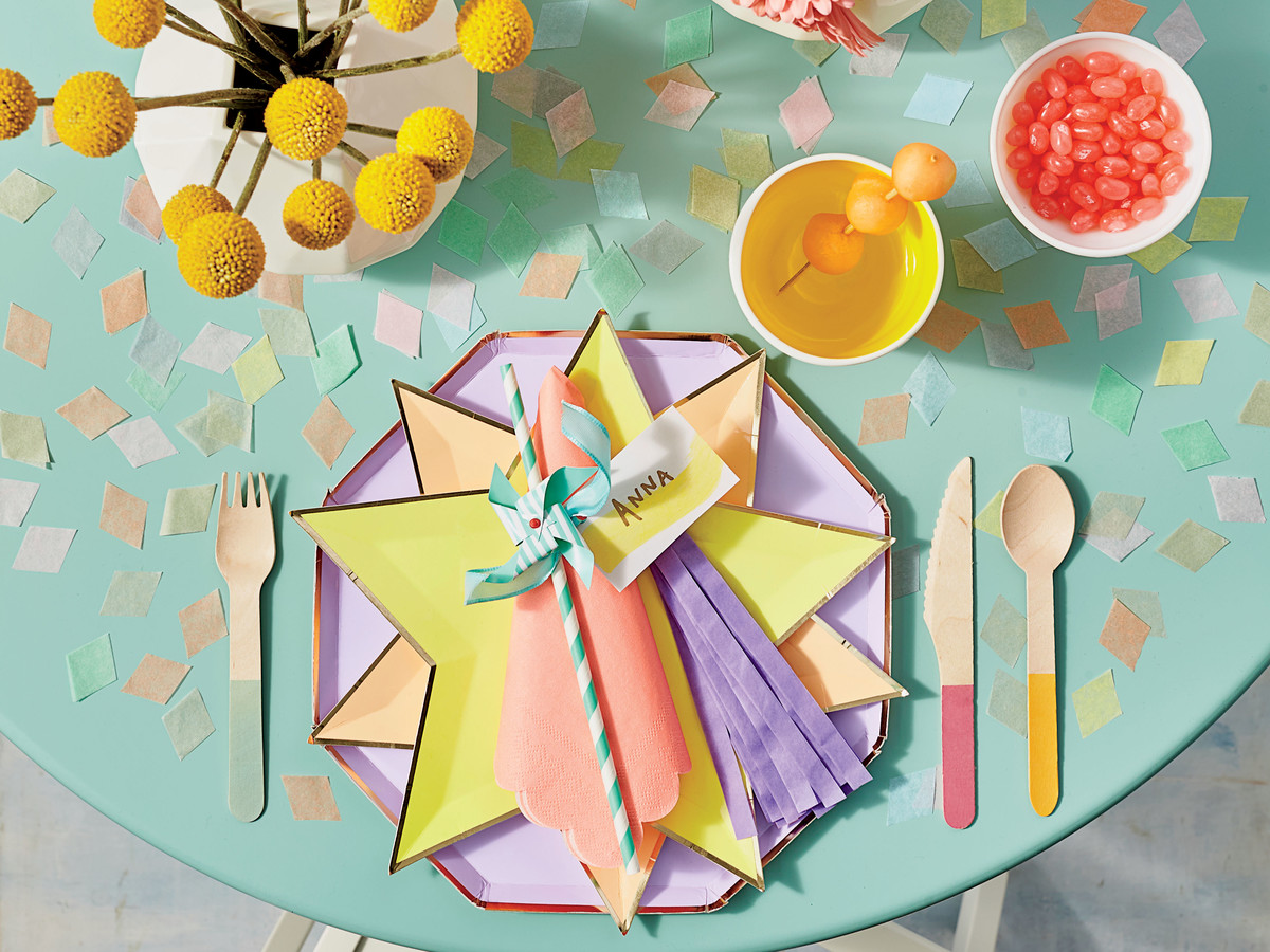 Pool Party Table Setting