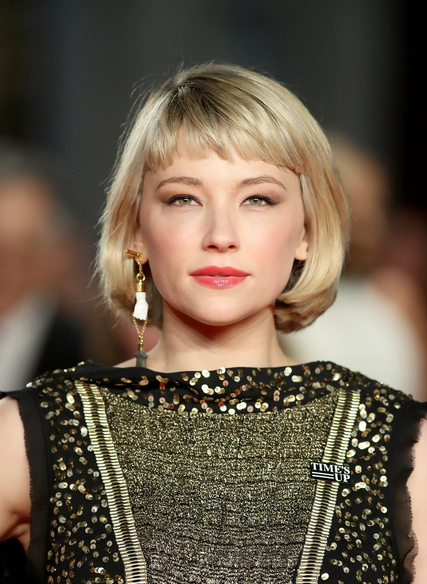 Cropped Bangs Trend 2019