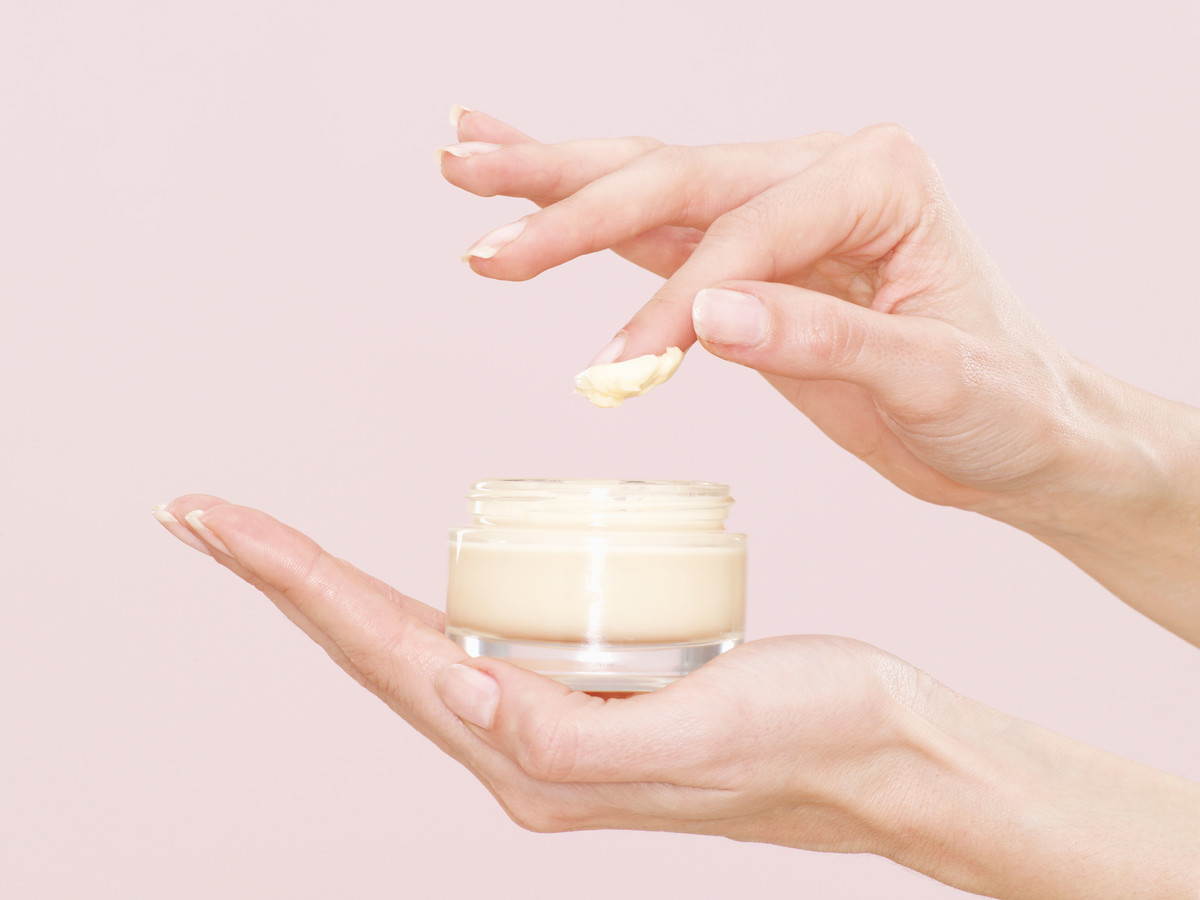 Jar of Moisturizing Foundation