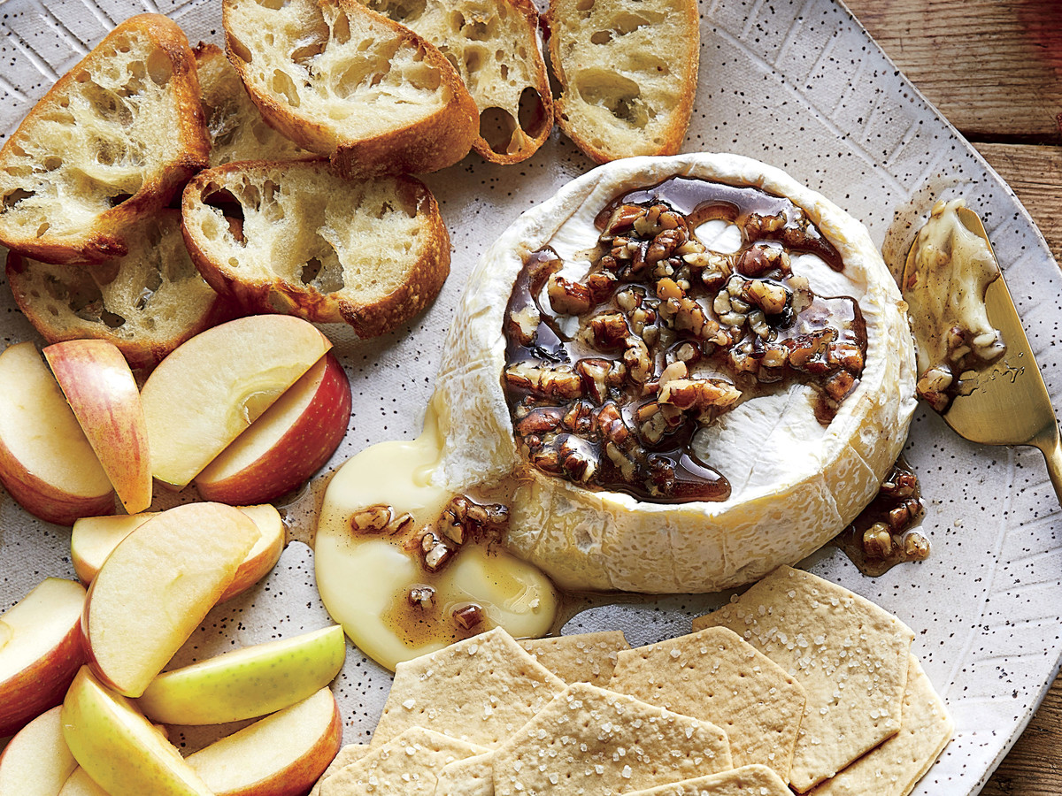 Baked Brie with Pecans