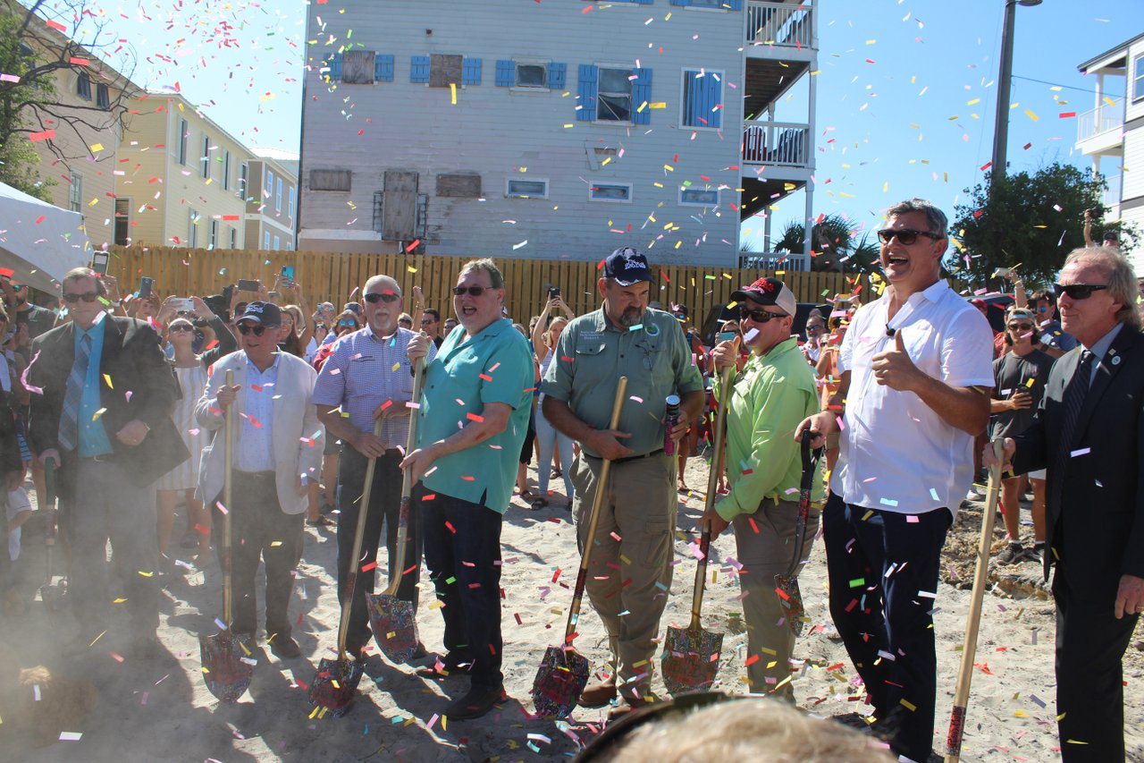 Owners Dig Shovels in Sand for The Red Bar Ground Breaking