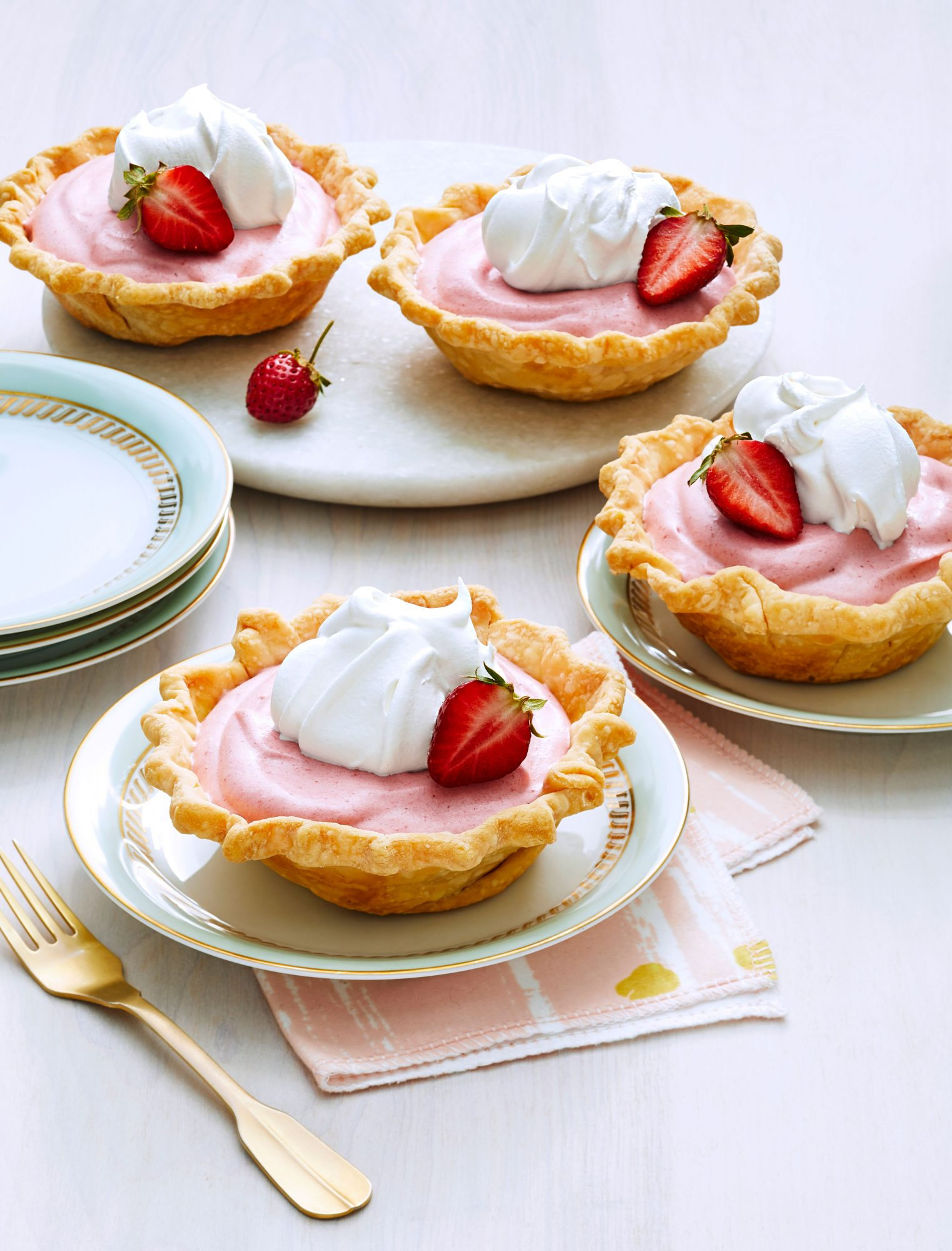 Mini Strawberry Chiffon Pies
