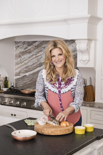 Southern Living S Chat With Trisha Yearwood Southern Living