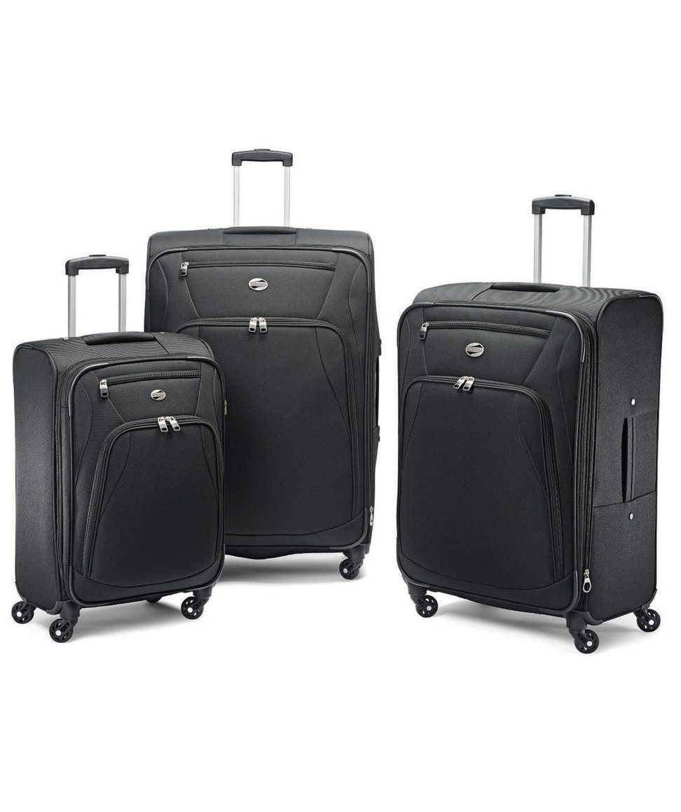 Kohl's Black Friday Luggage Deal Is Seriously Unbelievable