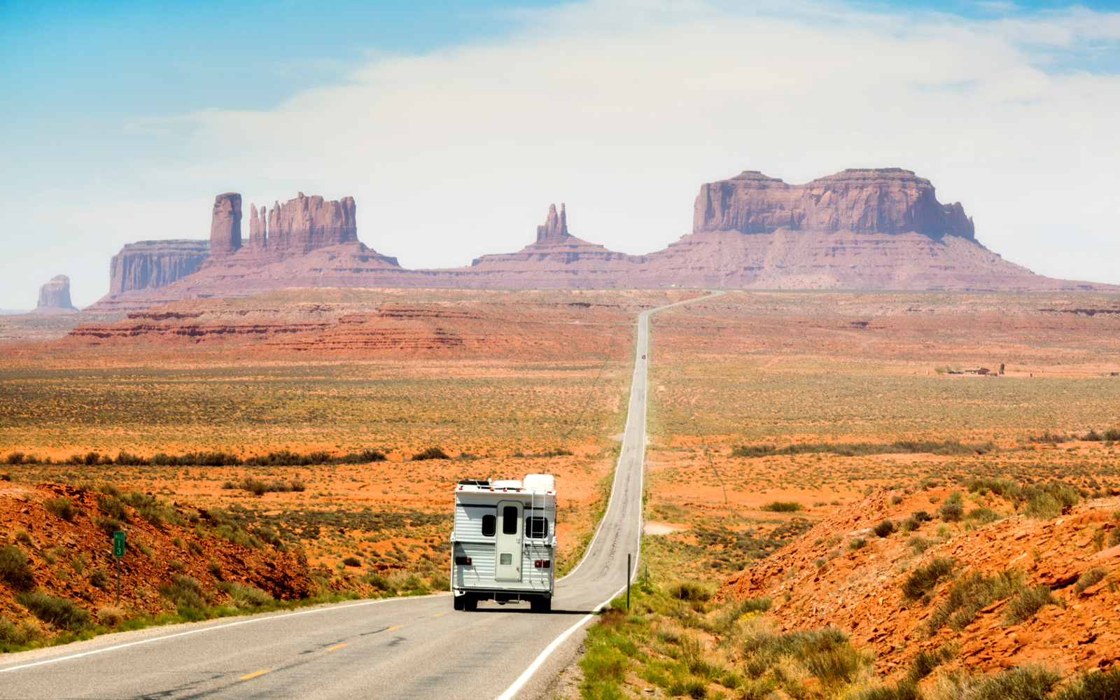 Road Trip through Monument Valley
