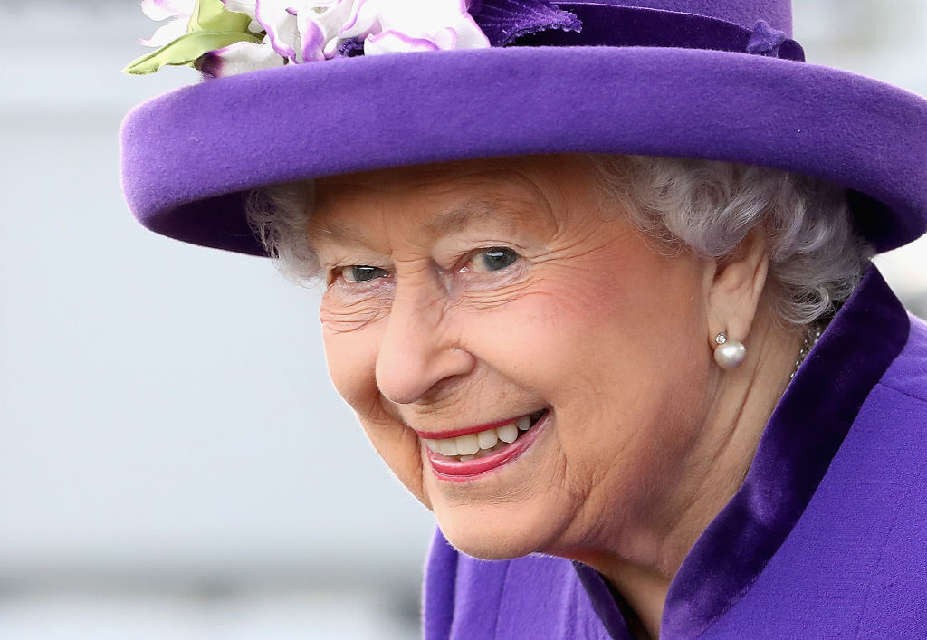 Queen Elizabeth Needs a Social Media Manager