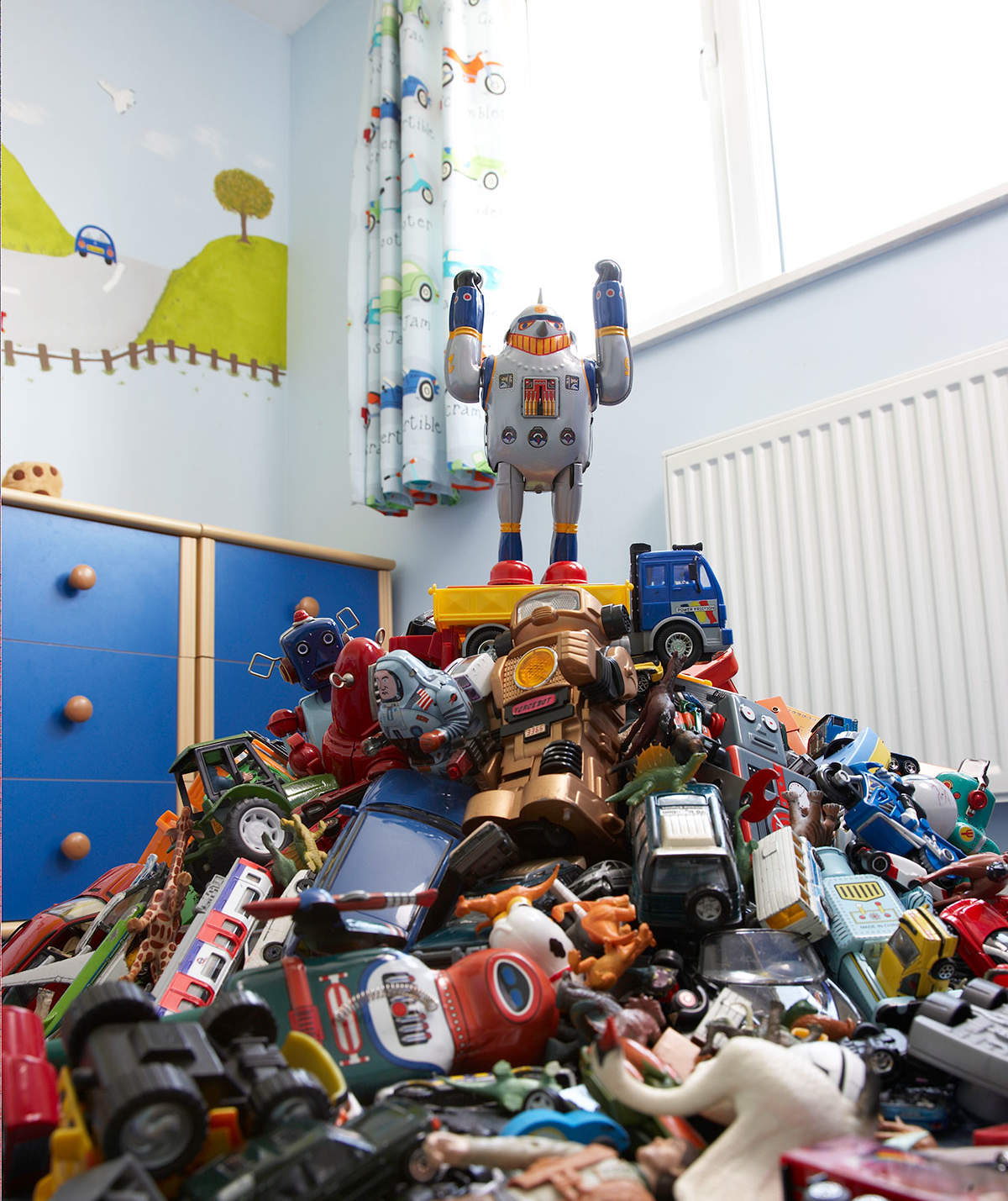 How This Mom Finally Got Her Kids' Toy Clutter Under Control