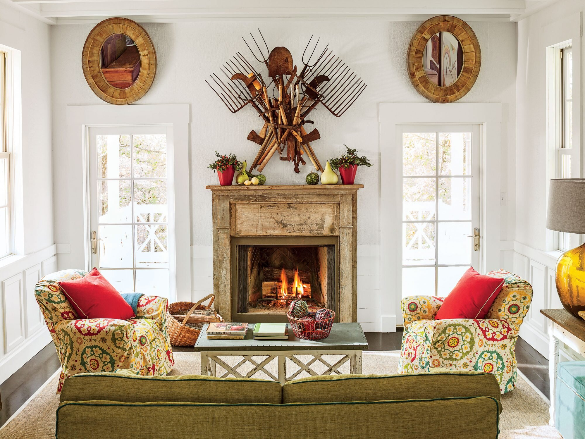 Our Best Living Room Wall Decor Ideas