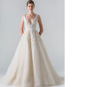 58ec71c616d8b Will Meghan Markle Wear a Gown By This Southern Designer For The Royal  Wedding?