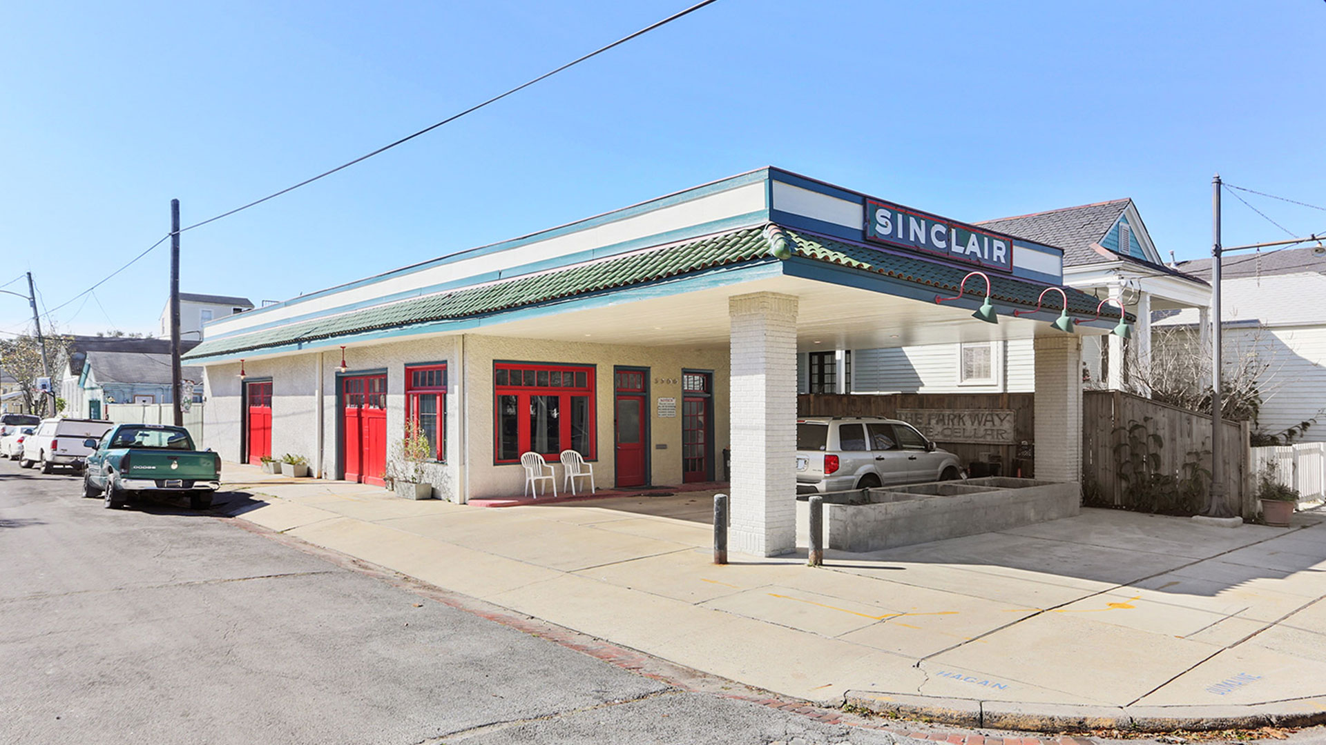 New Orleans Gas Station House