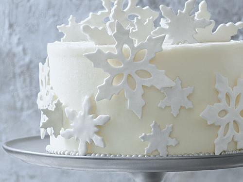 Cake Decorating: Fondant Snowflakes