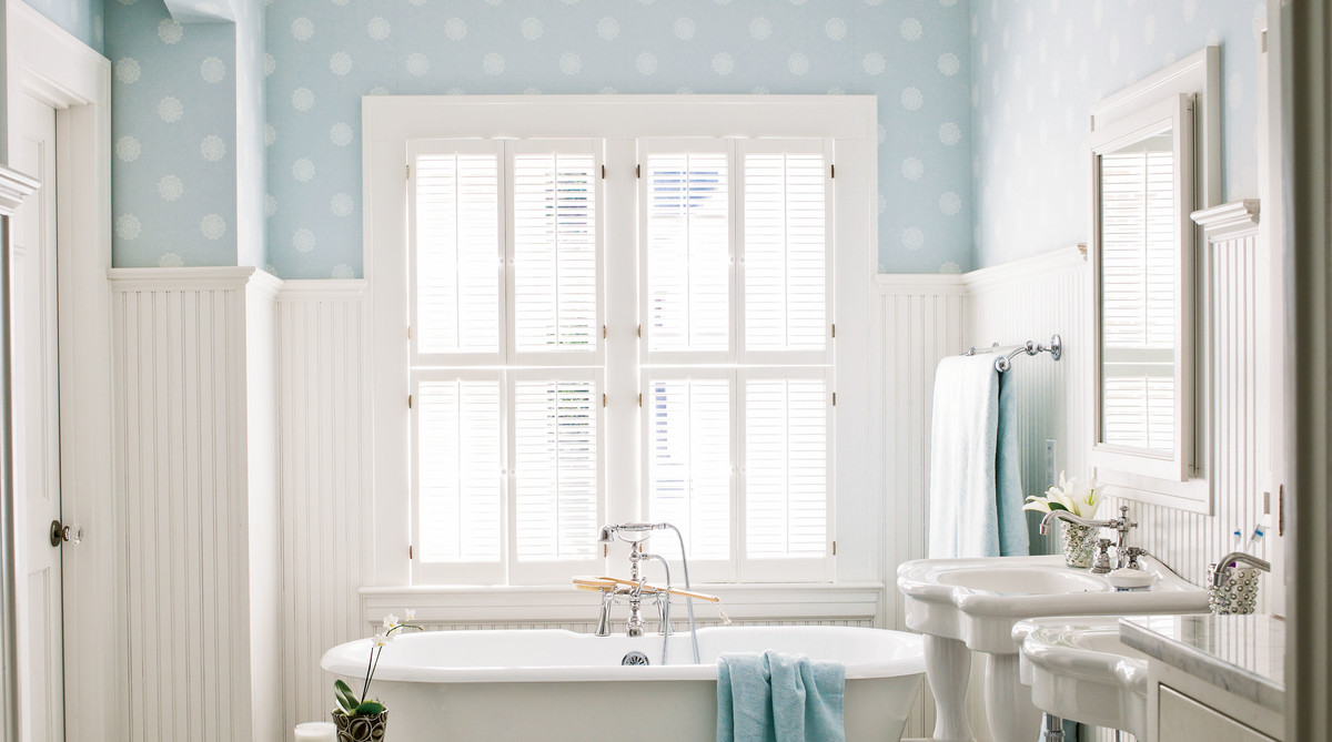 Blue and White Bathroom with Clawfoot Tub