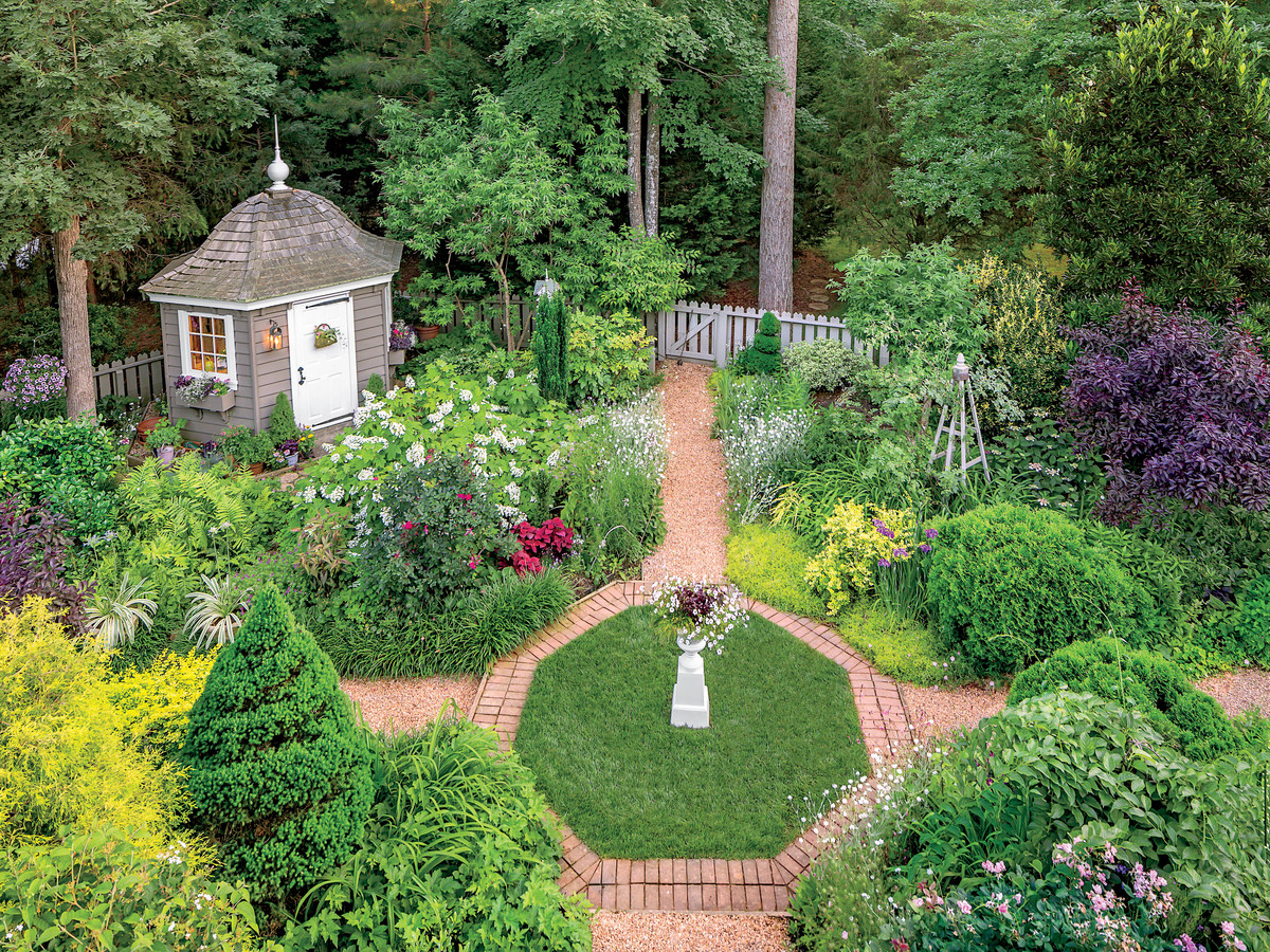 Virginia English Cottage Garden