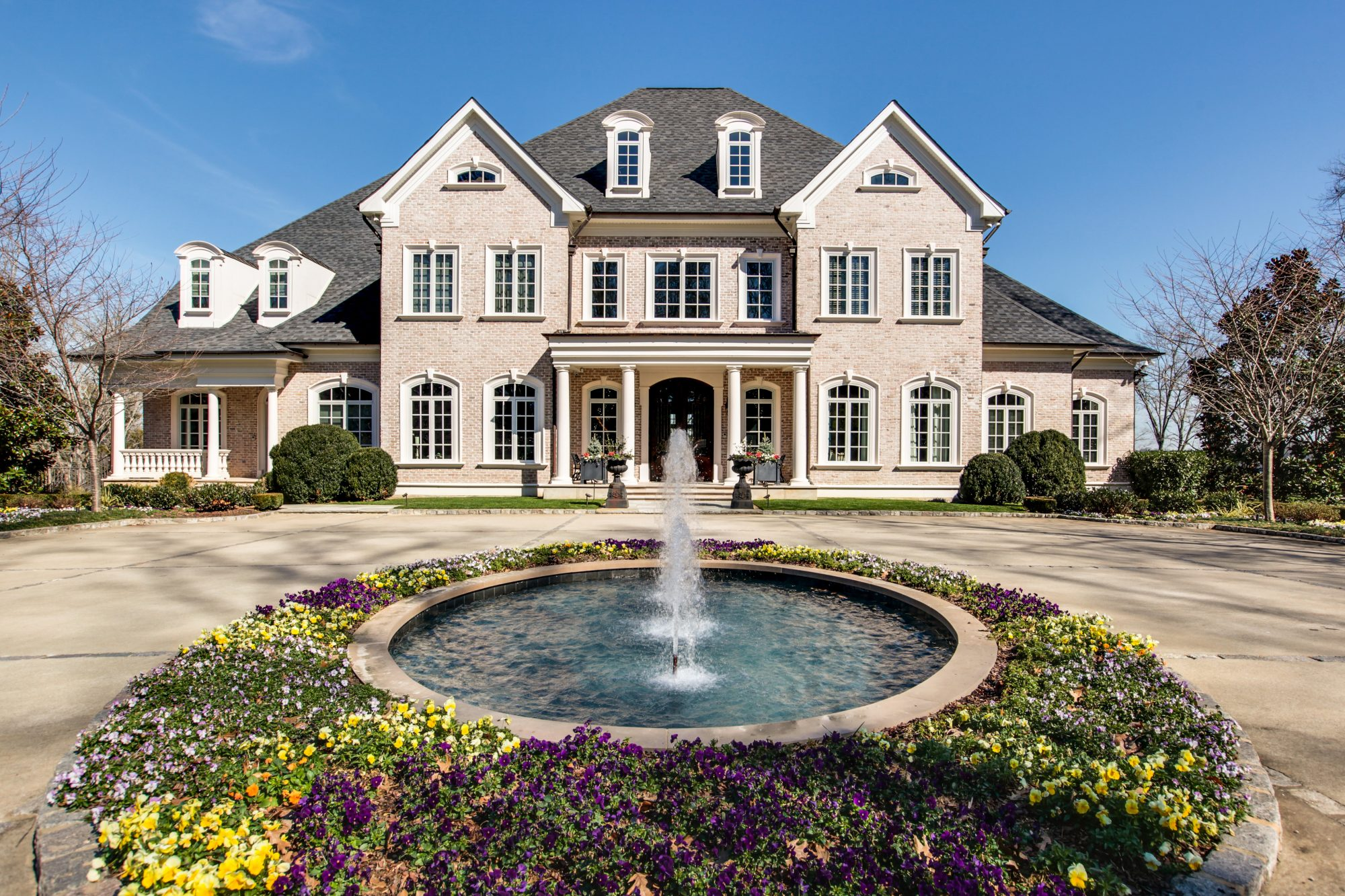 Kelly Clarkson Home for Sale
