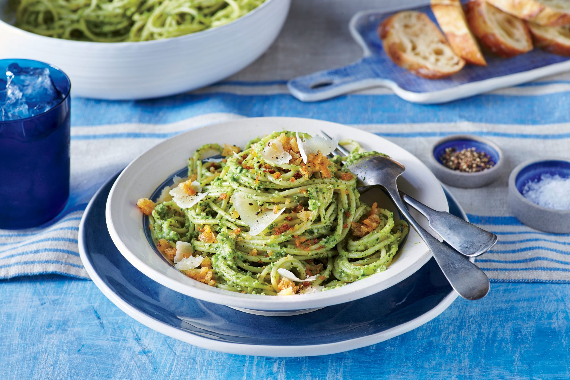 Spaghetti with Pecan Pesto and Garlicky Breadcrumbs