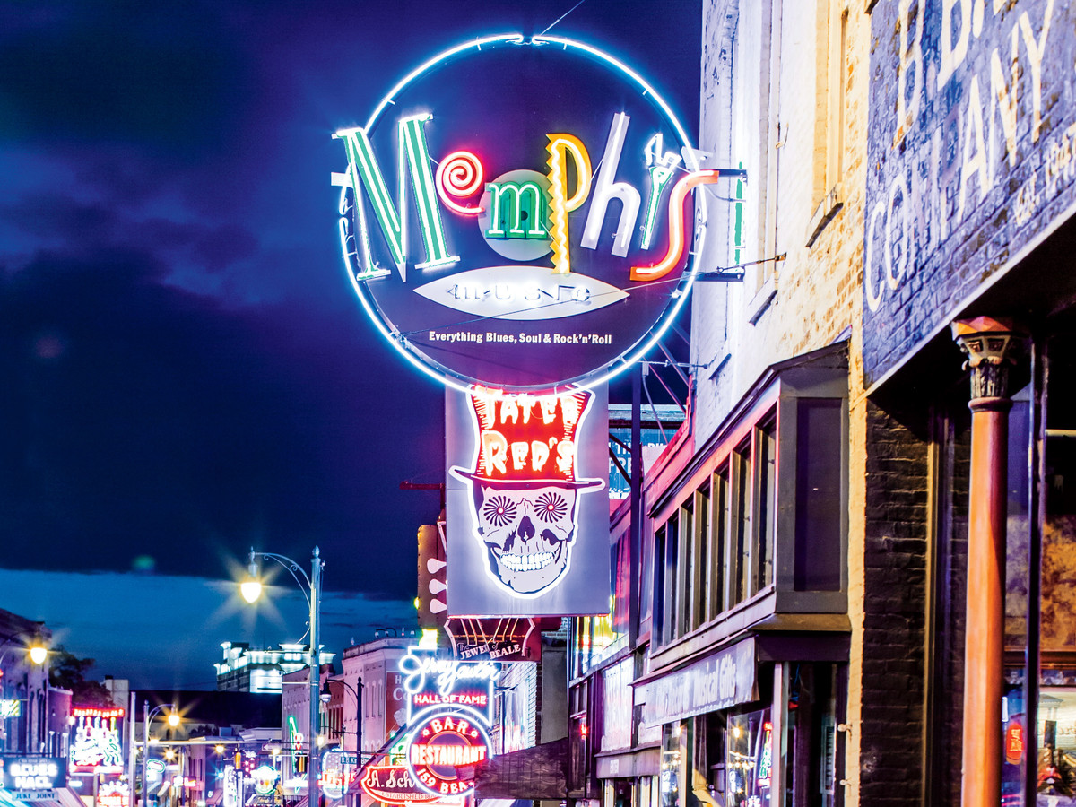Beale Street Signs