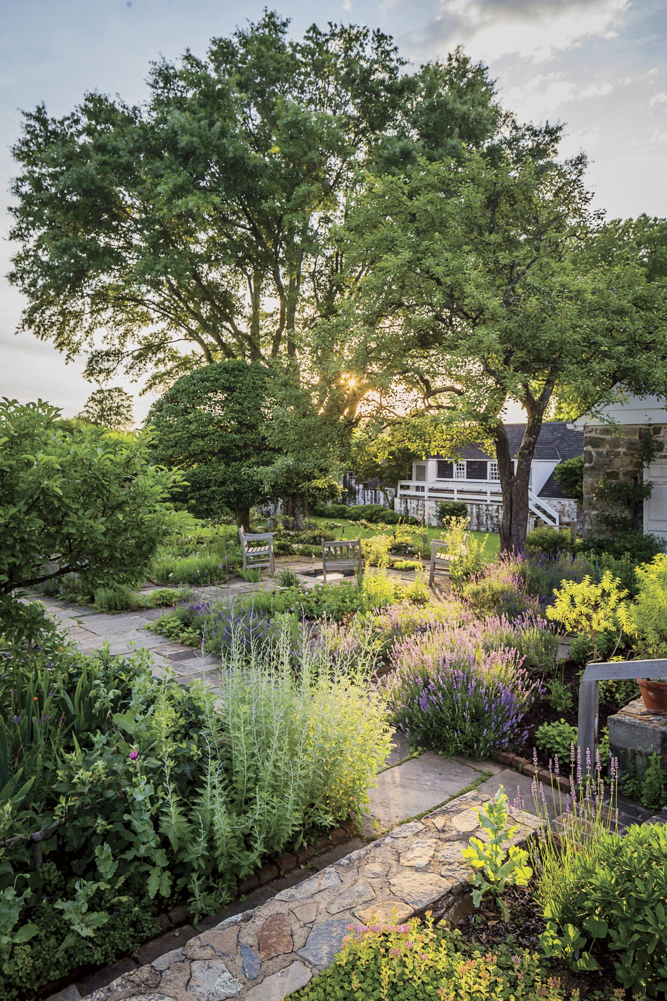 Bunny Mellon's Oak Spring English Garden