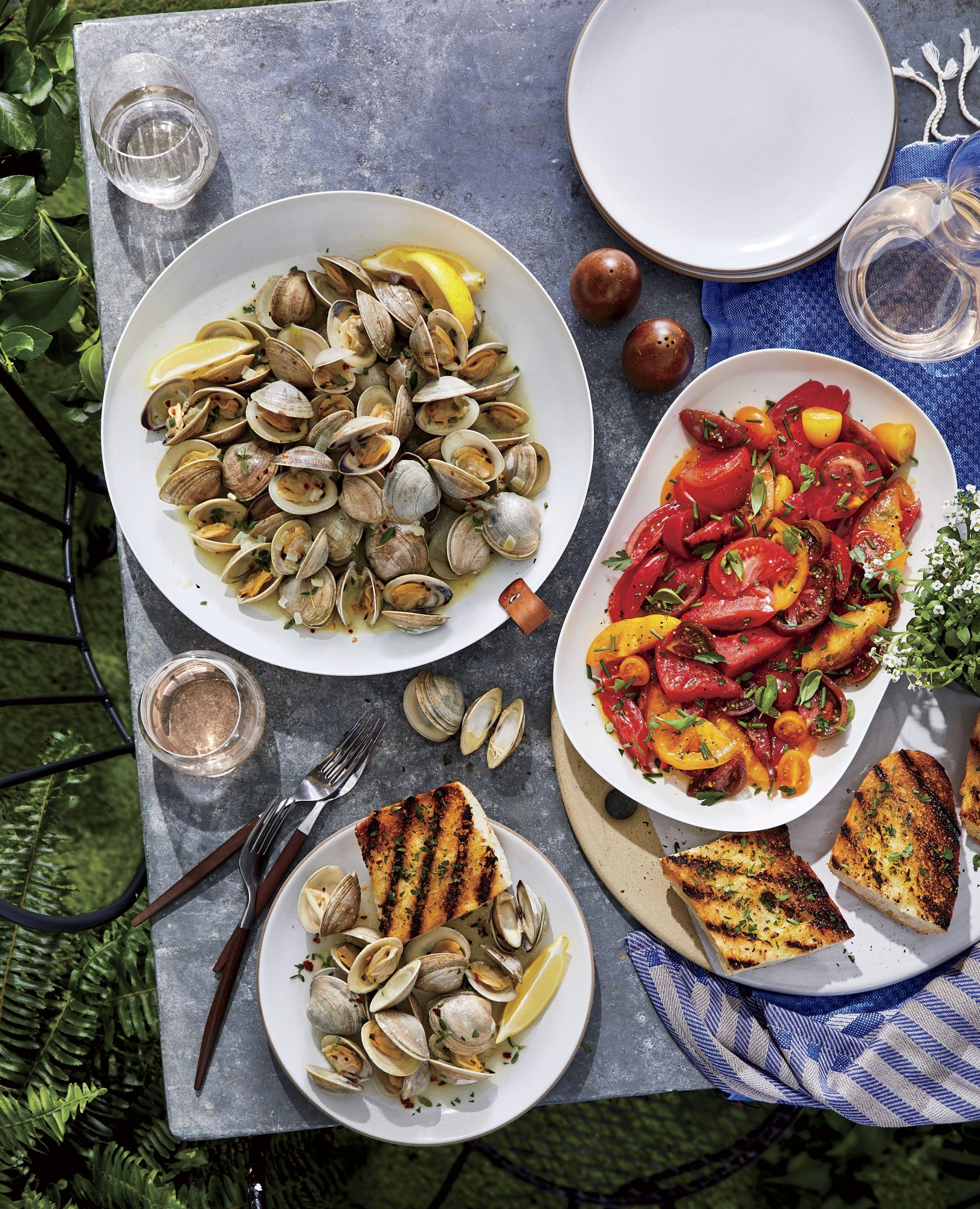 Foil-Pack Clams with White Wine and Herbs