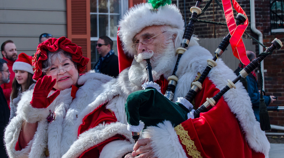 Alexandria, VA Christmas Parade Santa Playing Bagpipe