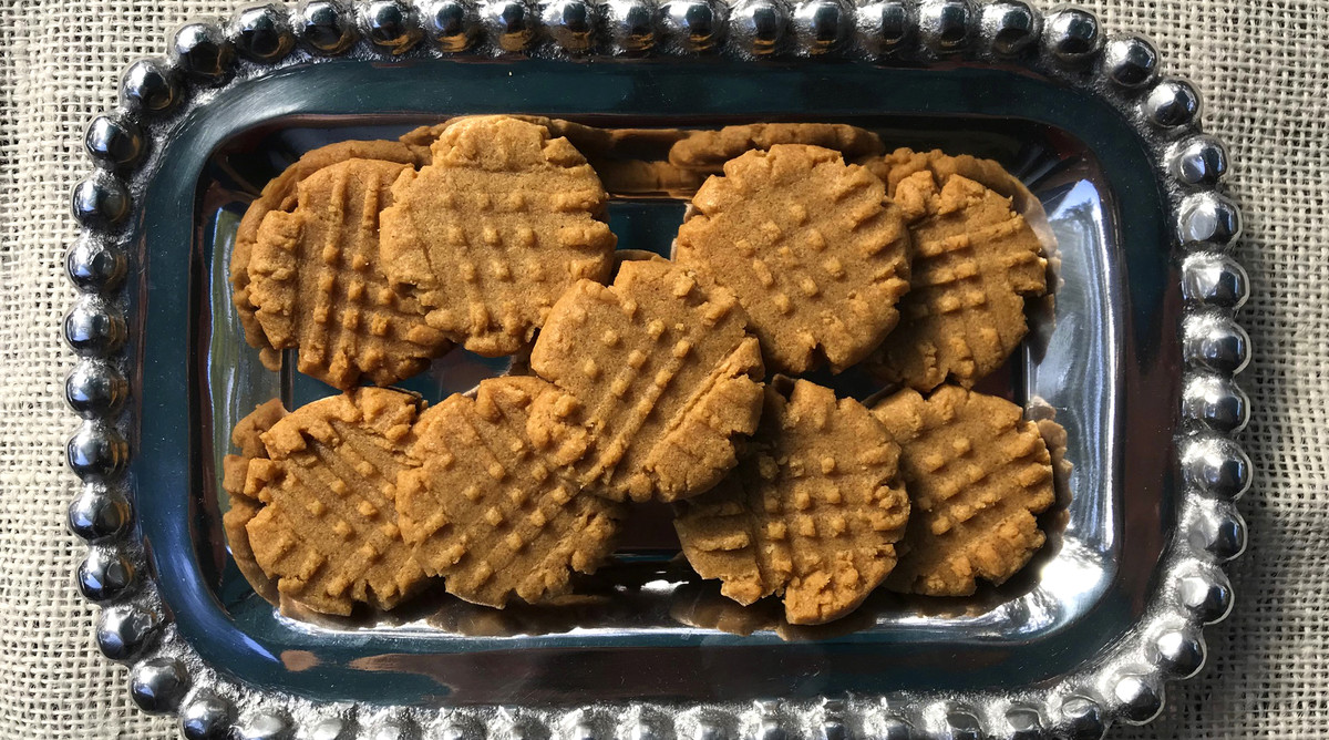 Easy Peanut Butter Cookies Swap