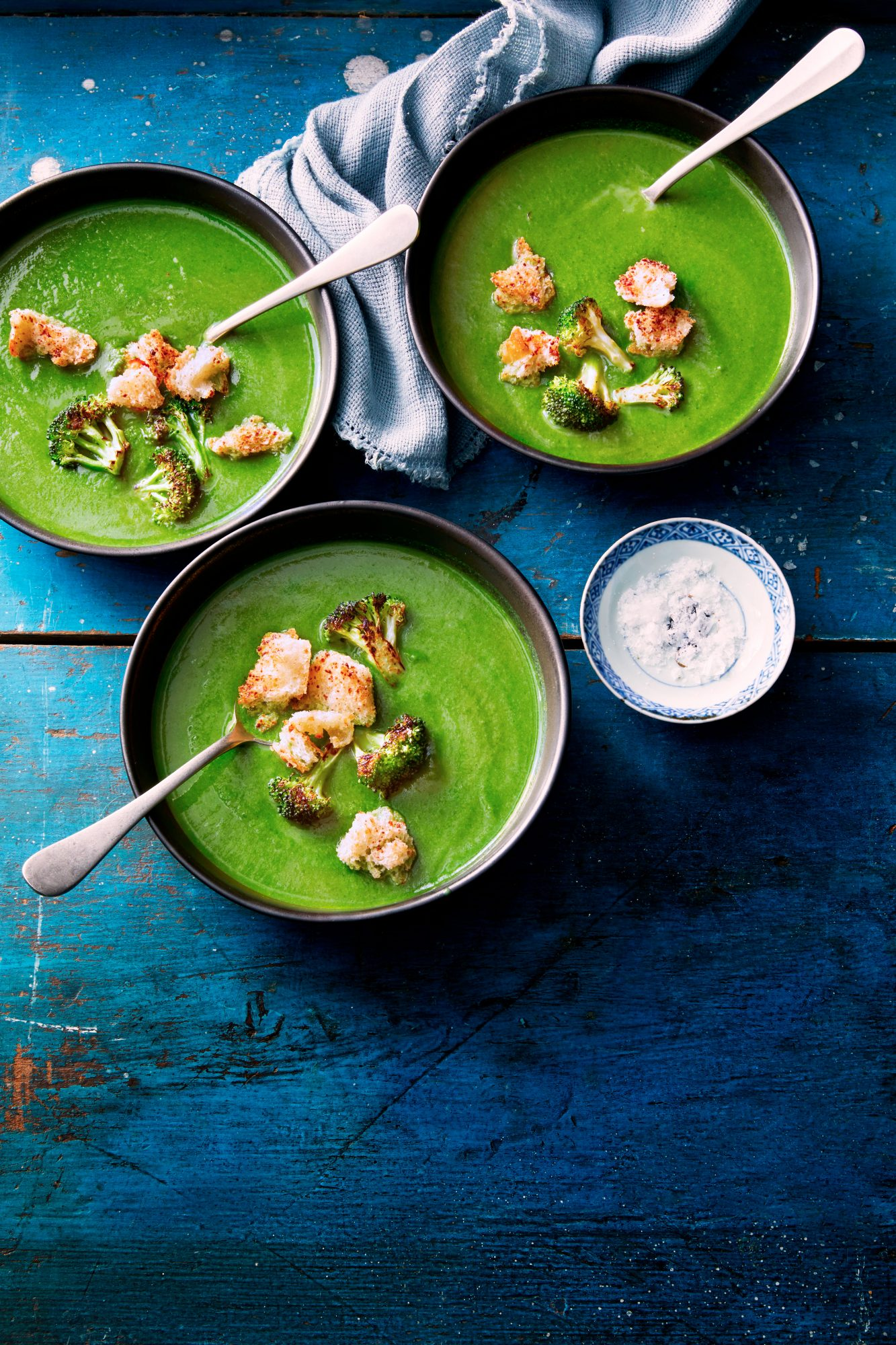 Broccoli-Spinach Soup with Parmesan Croutons
