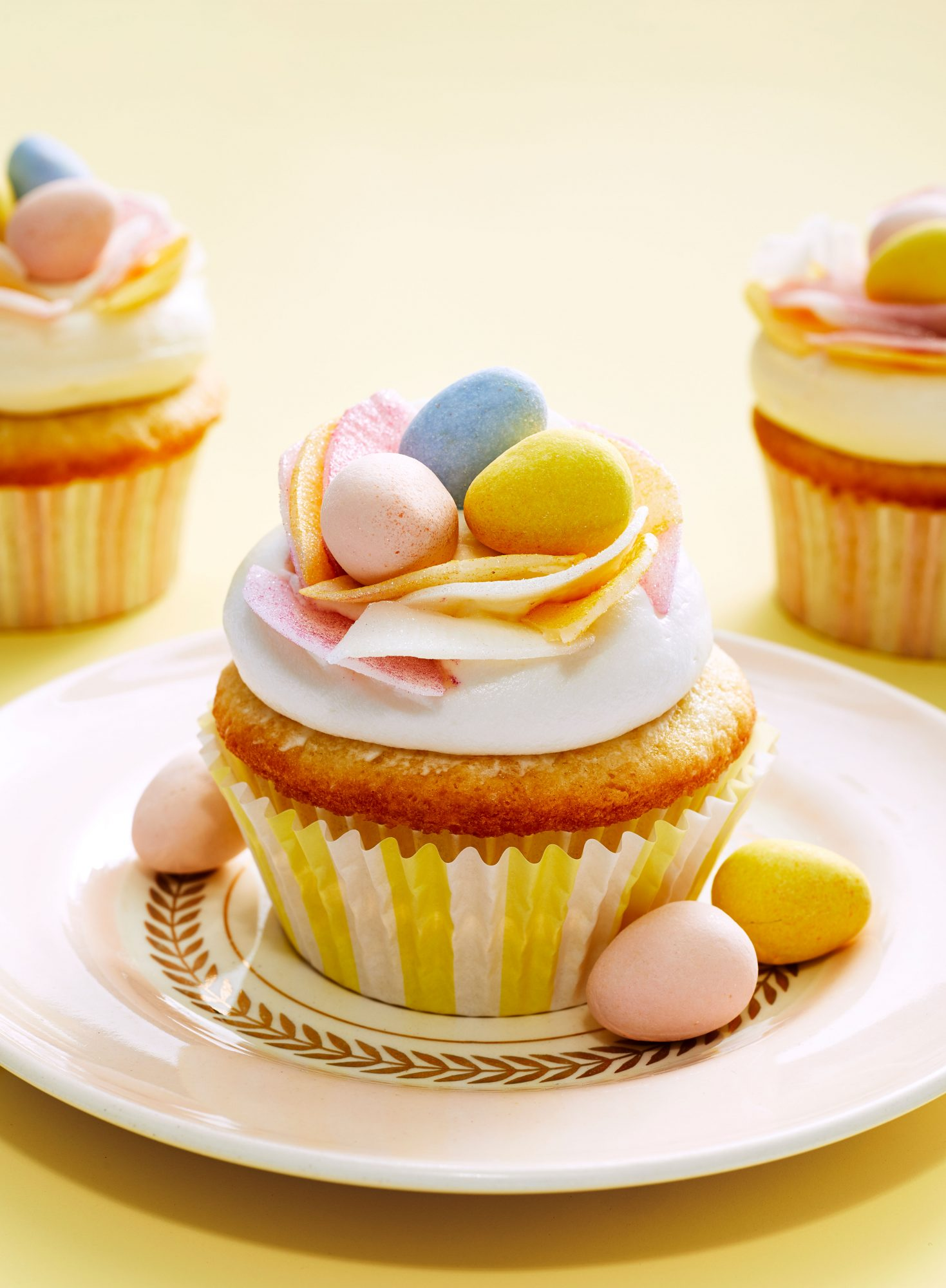 Easter Birds' Nest Coconut Cupcakes