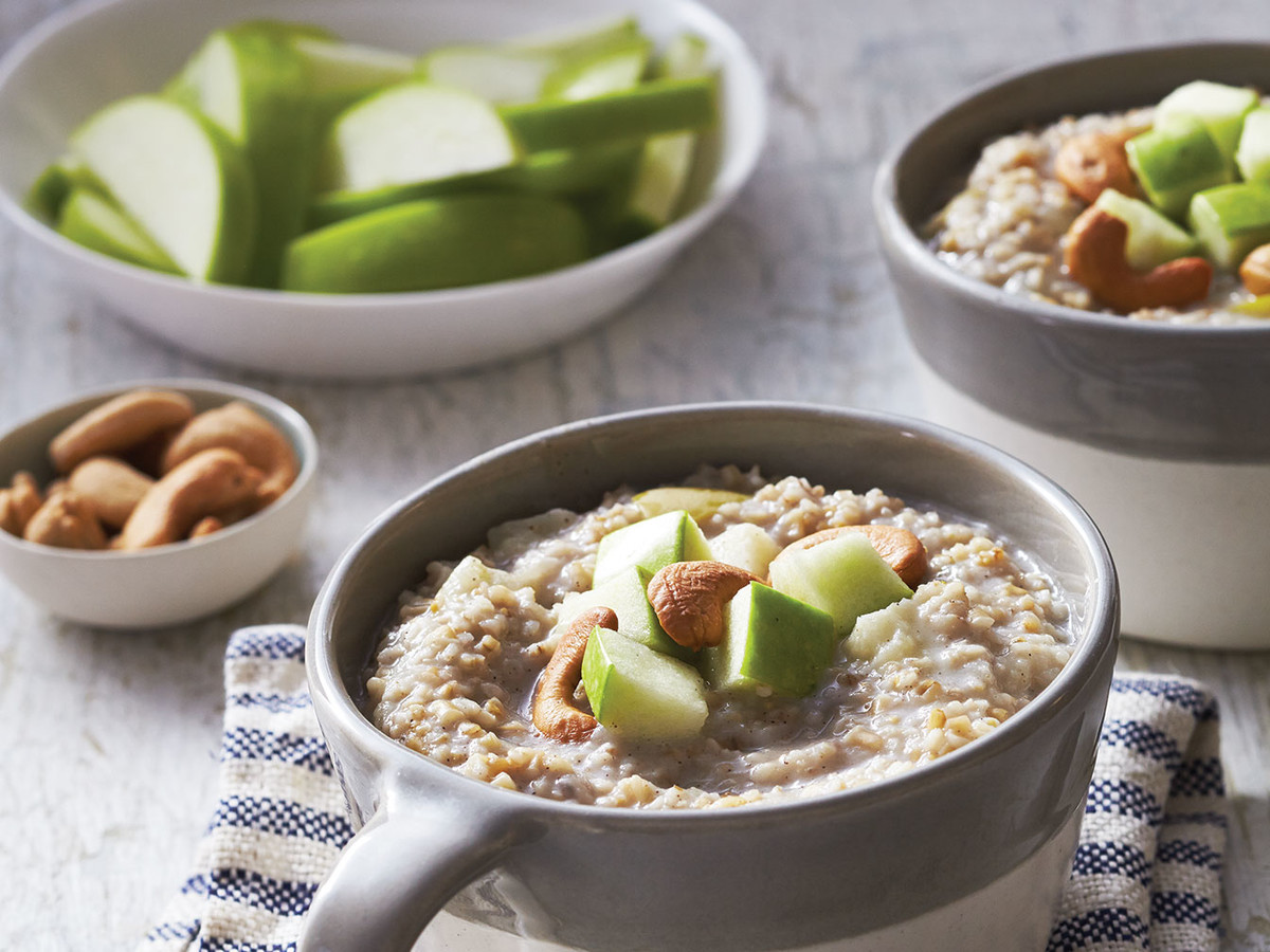 Steel Cut Oatmeal with Apples image
