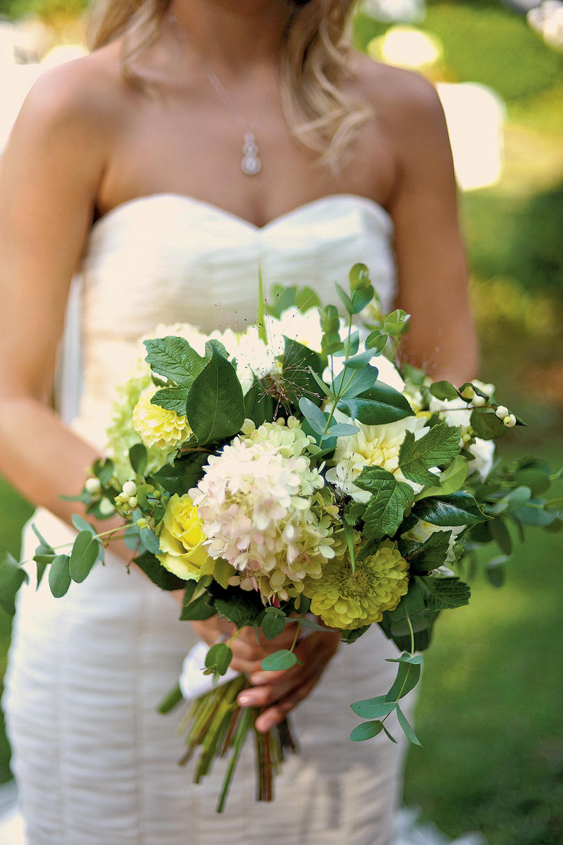 Fresh Foliage Bouquet