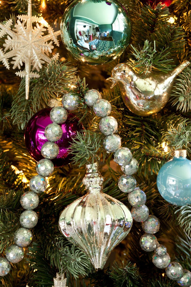 76e3b502d49 100 Fresh Christmas Decorating Ideas - Southern Living