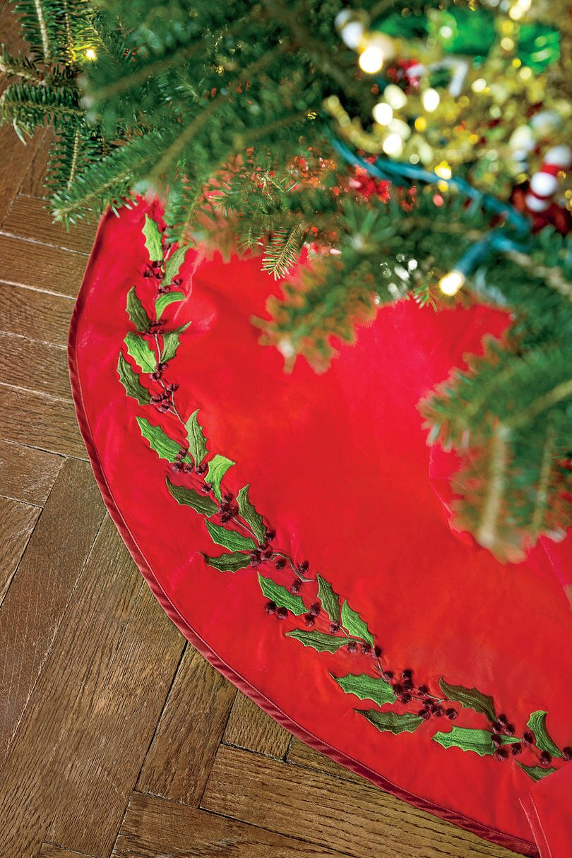 How To Decorate A Christmas Tree In 20 Minutes