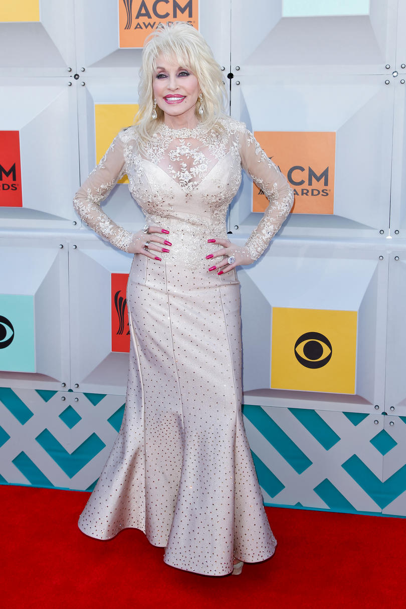 Dolly Parton Red Carpet 2016